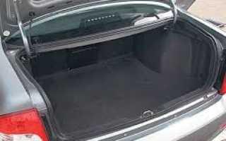 Какой объем багажника у ваз 2110