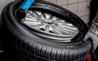 Как правильно разбортировать колесо автомобиля на станке